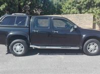Used Isuzu KB 300D-Teq double cab LX for sale in Bellville, Western Cape